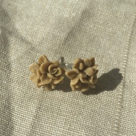 Brown Carnation Flower Studs