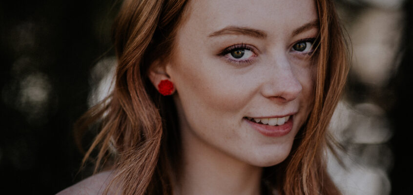 Red Dahlia Earrings (Part 1)