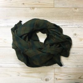 Blanket Scarf in Mossy Plaid
